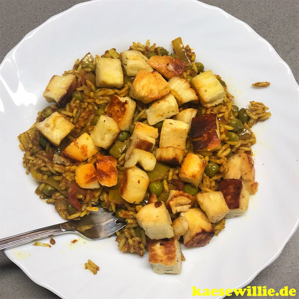 Indische Curry mit Halloumi & Basmatireis